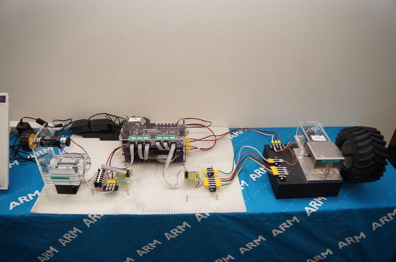 ARM搭載のTraveoファミリーを使ったデモ