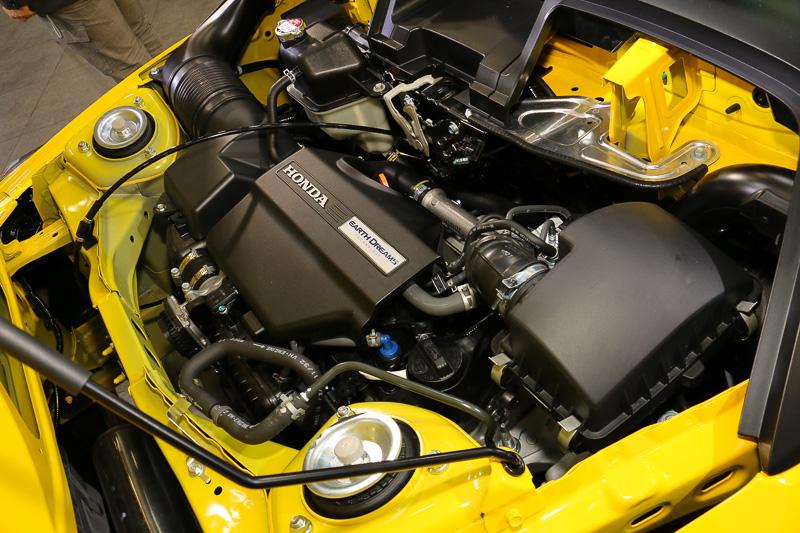 直列3気筒DOHC 0.66リッターターボのS07A型エンジンは、最高出力47kW(64PS)/6000rpm、最大トルク104Nm(10.6kgm)/2600rpmを発生