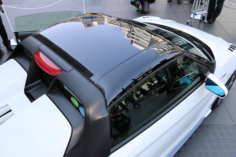 FRP製でツヤありブラック塗装仕上げの「ハードトップ」は23万円5440円