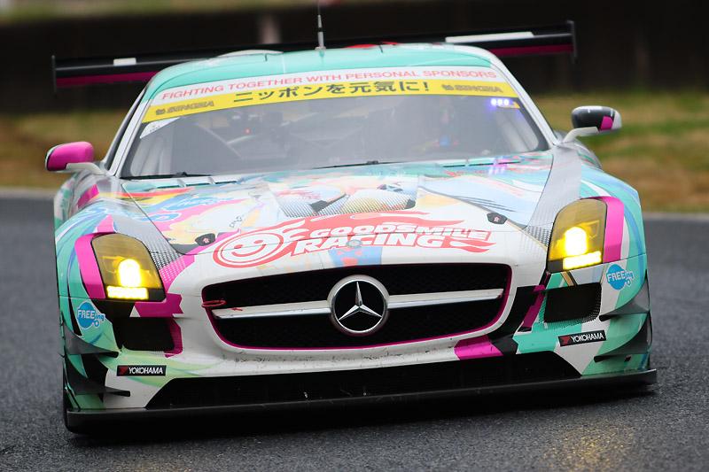0号車 グッドスマイル 初音ミク SLS(谷口信輝/片岡龍也)は、マシン変更初戦で5位を獲得