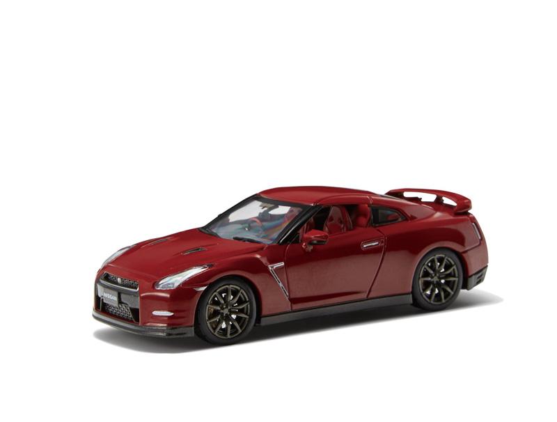 1/43スケールダイキャストモデル R35 NISSAN GT-R (ゴールドフレークレッドパール:5000円)
