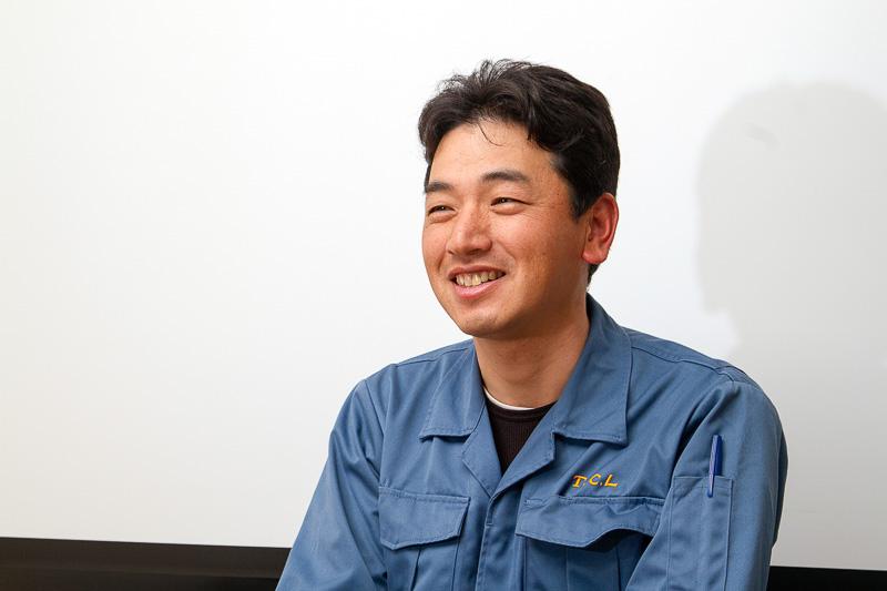 こちらは鶴見工場長の杉岡雅登氏。JIS認定工場ということで多くの面に気を配りながら、TCL製品の製造から出荷までを管理している