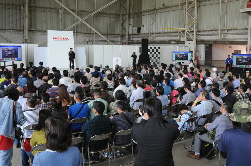 イベントでもHondaJetの屋外展示やプレゼンテーションが盛況