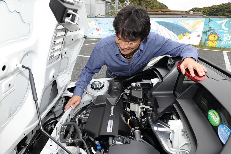 64PSを発生する直列3気筒DOHC 0.66リッターターボエンジン
