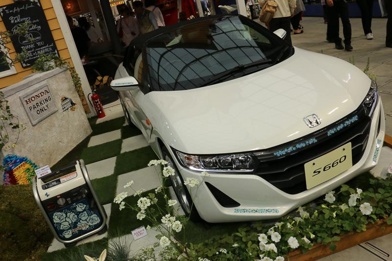 展示された「Honda S660 CONCEPT 国際バラとガーデニングショウカスタマイズモデル」