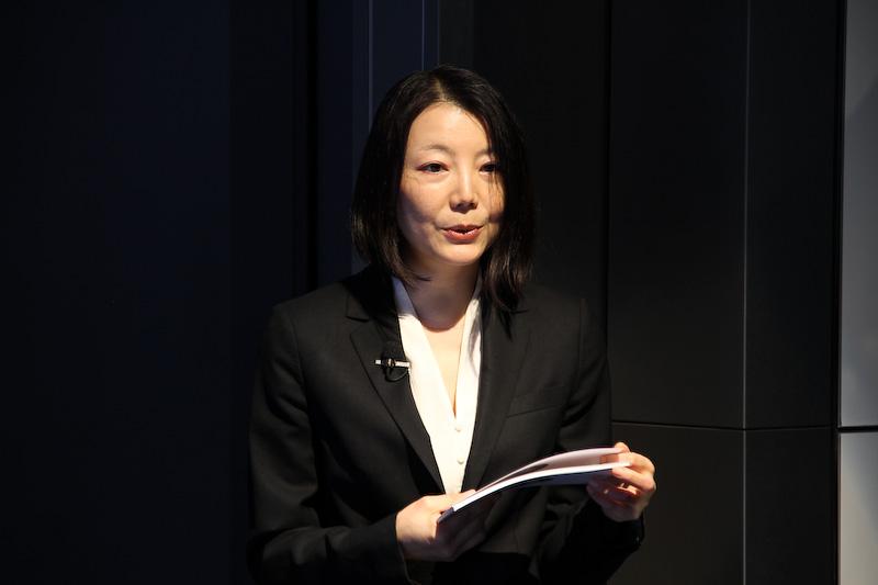 新型1シリーズの概要について紹介を行ったBMWマーケティングディビジョン プロダクト・マネジメント 清水恵子氏