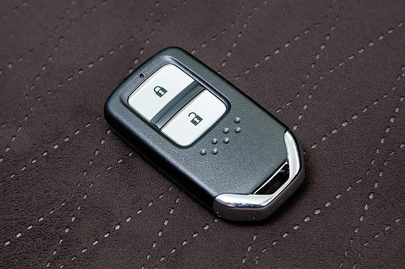ハイブリッド車はHondaスマートキーシステムが標準になる
