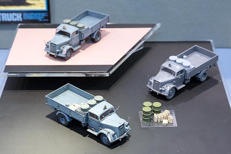 1/48 「ドイツ 3トン4×2カーゴトラック」。6月27日ごろ発売