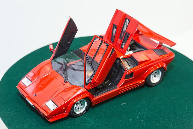 1/24「ランボルギーニ カウンタック 5000QV '88」。6月発売予定、4200円(税別)