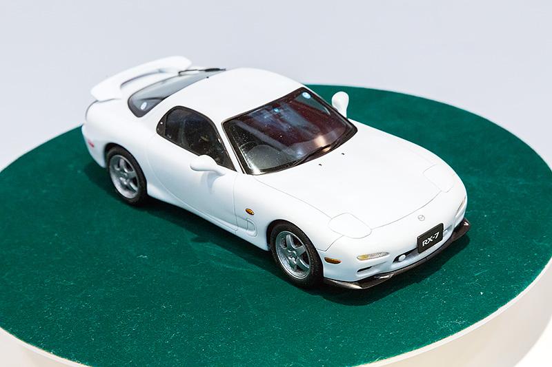 1/24「FD3S RX-7 IV型」。7月発売予定、2600円(税別)