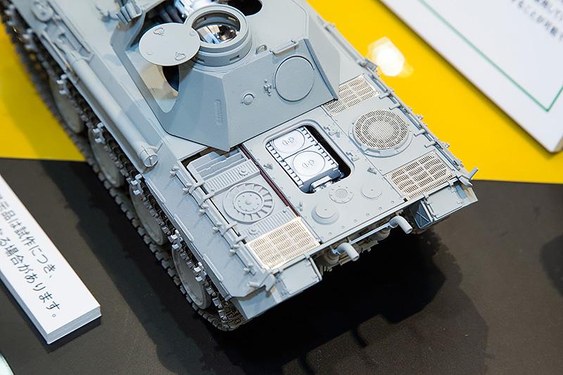 メッシュなどはエッチングでオプションパーツ化。薄型のエッチングとすることで、メッシュの凹みなどの再現も容易になっている