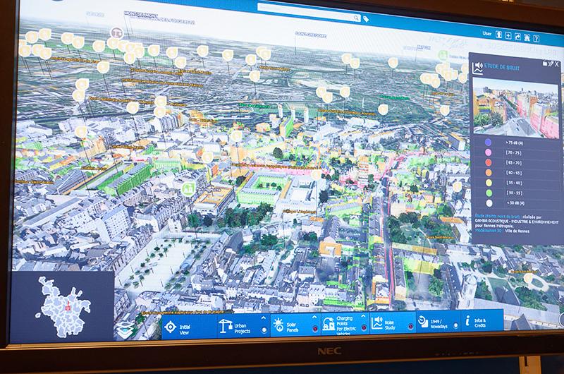 地形、建物、交通、その他インフラ等のデータをレイヤーのように重ね合わせ、建物や道路の位置・有無などによって周辺にどのような影響があるのかを検証可能