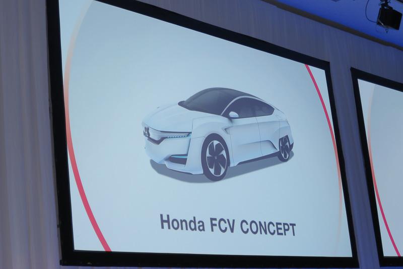 2015年度中の燃料電池車発売というロードマップには変更なし