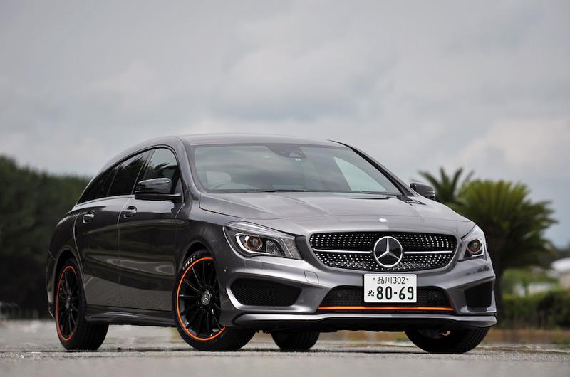 こちらは専用の内外装を纏った特別仕様車の「CLA 250 シューティングブレーク オレンジアートエディション」。ボディーカラーはマウンテングレー