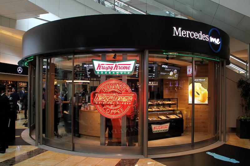 「レストラン・カフェスペース」としてクリスピー・クリーム・ドーナツが出店