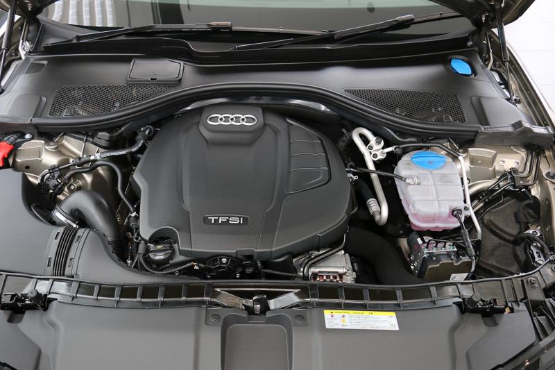 「CYP」型の直列4気筒 DOHC 2.0リッター直噴ターボエンジンは、最高出力185kW(252PS)/5000-6000rpm、最大トルク370Nm/1600-4500rpmを発生