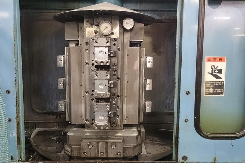 工場見学では、ABSの油圧ユニット加工工程と組み立て工程が披露された。工業製品だけに不良品が出ることもあるが、それぞれで原因を徹底的に追求し、対策を練るようにしている。その結果、ハウジングの加工現場では不良品が1カ月で1個出るかどうかというレベルになっている。また、不良品がないことは各自動車メーカーから高い評価を受けていて、何度もアワードを受賞しているとのこと