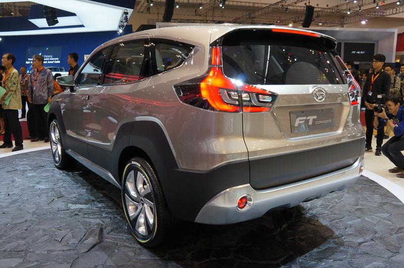 SUVモデル「テリオス」の将来の方向性を示した「FT コンセプト」
