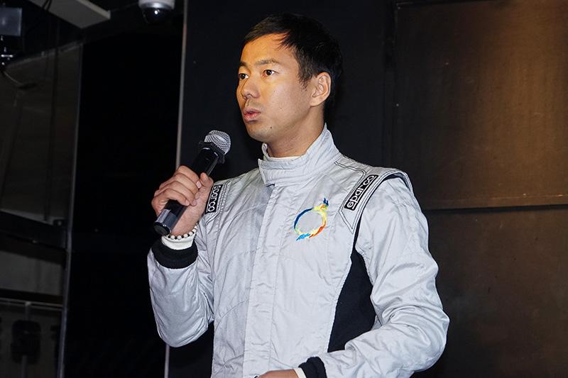 レーシングドライバー山本左近氏