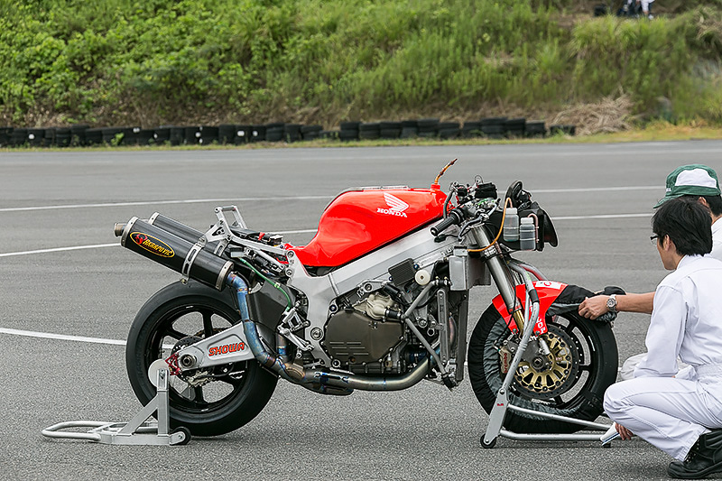 VTR1000SPW(2000)