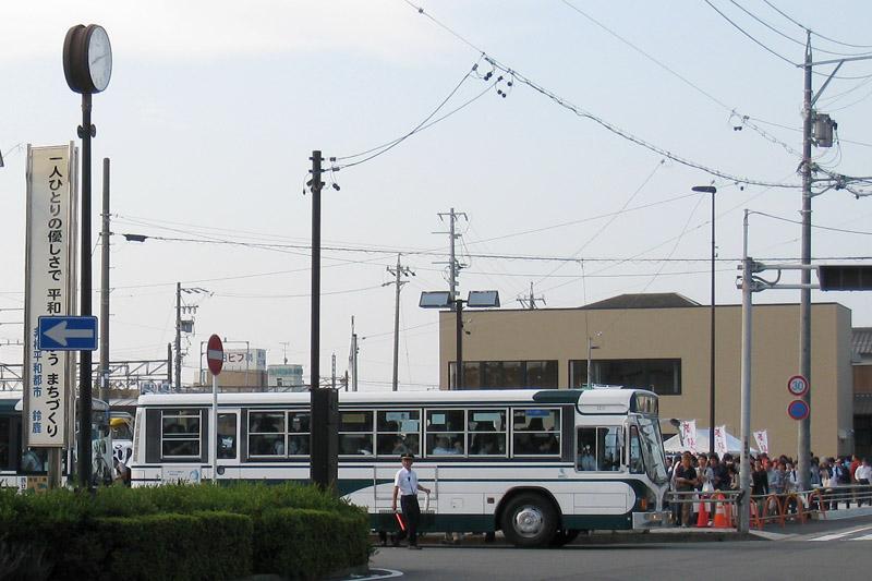 2011年のバス乗り場