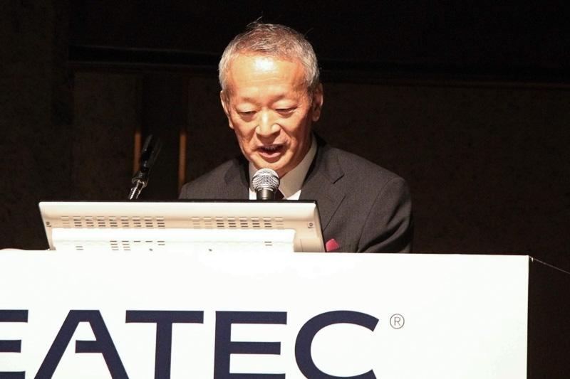 コンチネンタル・オートモーティブの豊田氏は「複数部門のテクノロジーで、自動運転にかかわるハードウェアを1社で実現できる」と語る