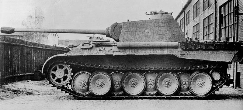 ミリタリーマニアに高く支持されているドイツ軍戦車の90%はZF製トランスミッションを採用。戦争中で物資も厳しい環境に加え、十分なテストも行われず実戦投入される戦車に使うパーツを作ることは容易ではなかったはずだ
