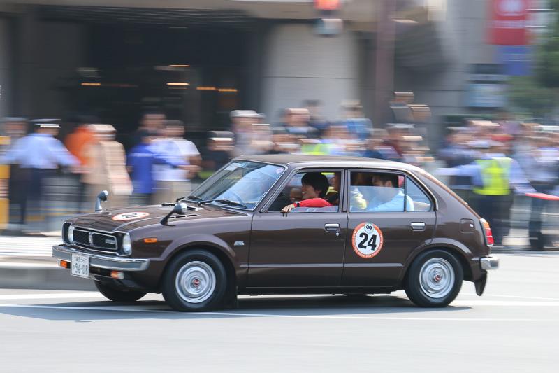 4人乗車でも軽快な走りを見せるシビック