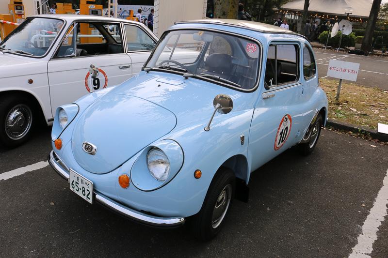 1960年式の「スバル 360」
