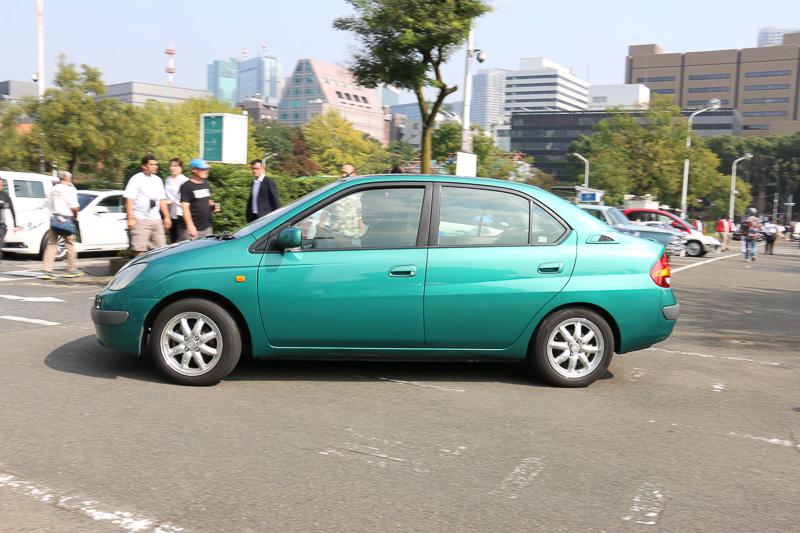 1997年式のトヨタ「プリウス」