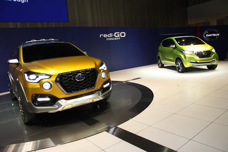 壇上には新生ダットサン初のコンセプトカーとなったredi-GO コンセプトも展示された