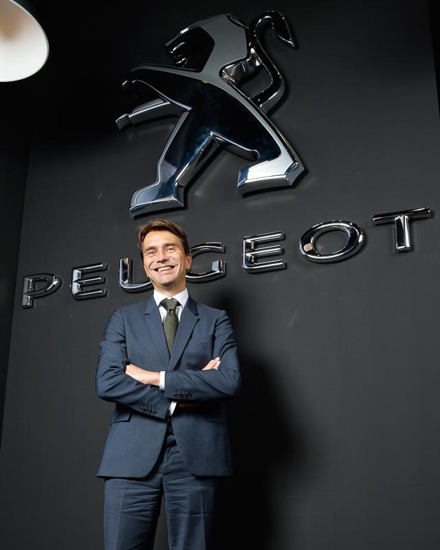 今回お話を伺ったプジョーブランド マーケティング&コミュニケーション・ディレクターのギヨーム・コーズィー氏は、1969年生まれ。パリ第1大学 国際マネージメント修士を経て、1997年からプジョー・ポルトガル マーケティング・ディレクターを努め、途中2007年からのプジョー・メキシコ CEOと、2010年からのプジョー・ブラジル CEOを経験。2012年1月よりプジョーブランド、マーケティング&コミュニケーション・ディレクターに就任している