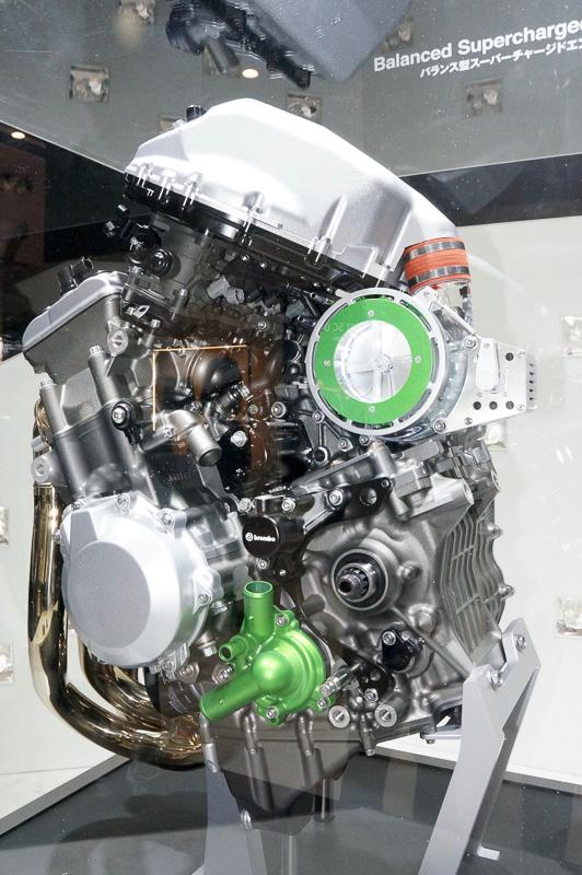 バランス型スーパーチャージドエンジン