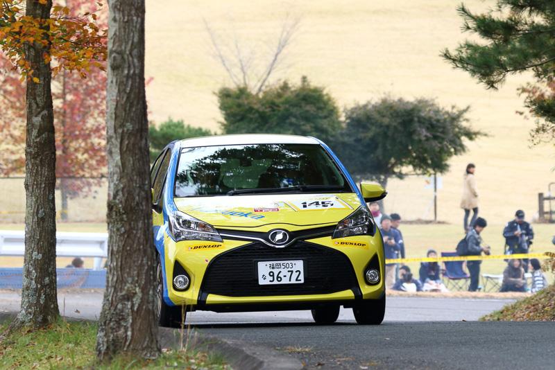 コ・ドライバーの古場博之選手は東京モーターショーでも展示されていたトヨタ「C-HRコンセプト」の開発責任者