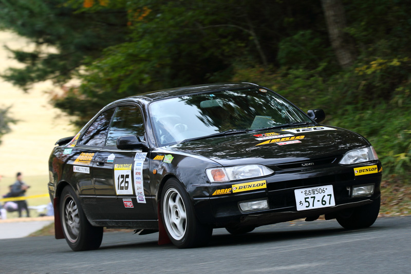 車種の指定のないトヨタ車クラスがE-3クラス。加藤英祐/塩田卓史組のAE111が制した