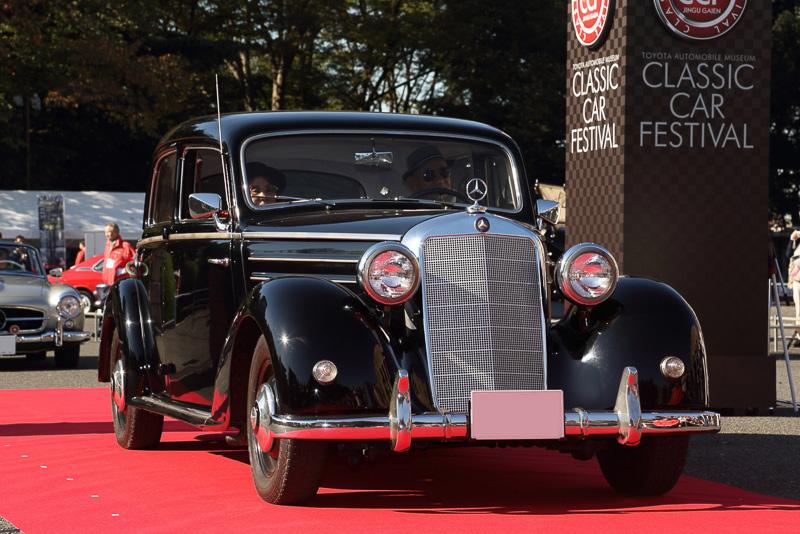 メルセデスベンツ170S(1953年 ドイツ)は22歳から55年間ワンオーナー