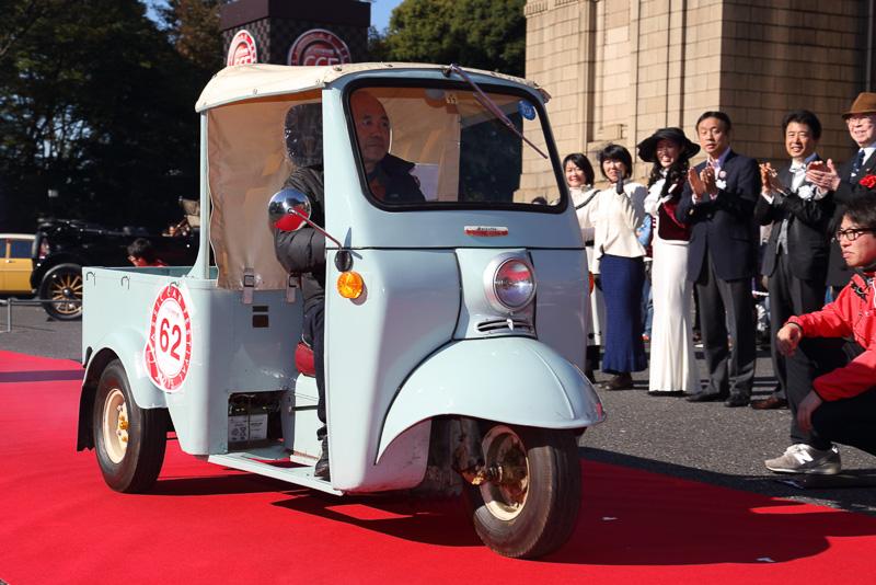 ダイハツ ミゼット(1959年 日本)はバーハンドルの初期型