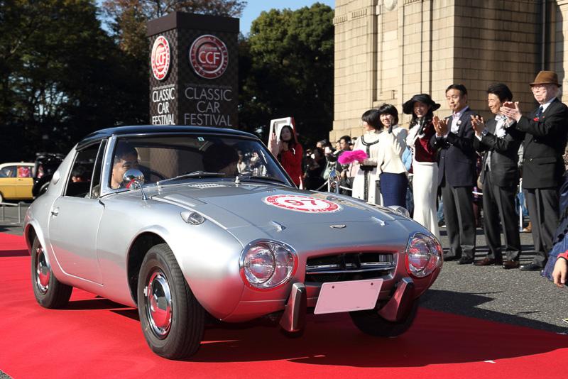 今年発売50周年を迎えたトヨタスポーツ800(1965年 日本)