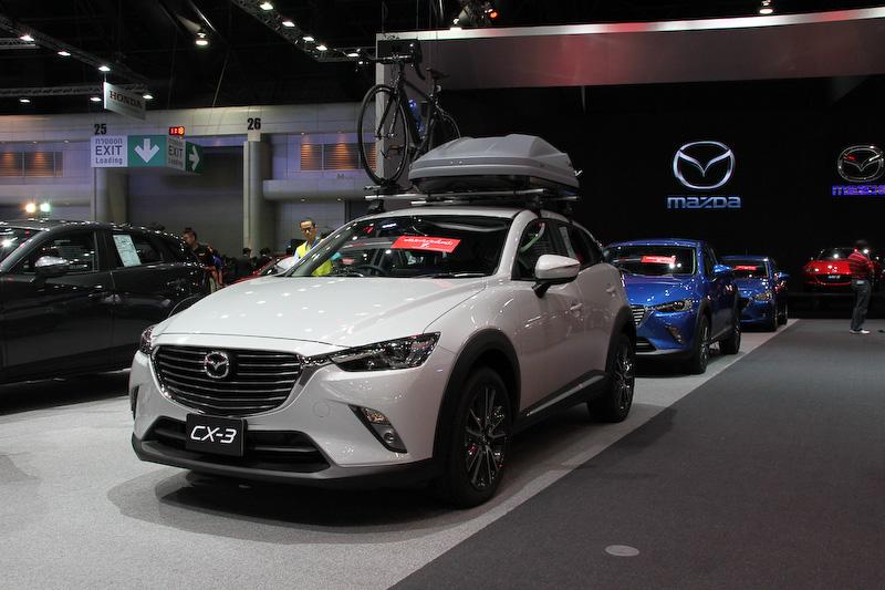 CX-3は11月にタイに導入されたばかりだが、すでに3000台の受注があったという。価格は83万5000バーツ(約284万円)~