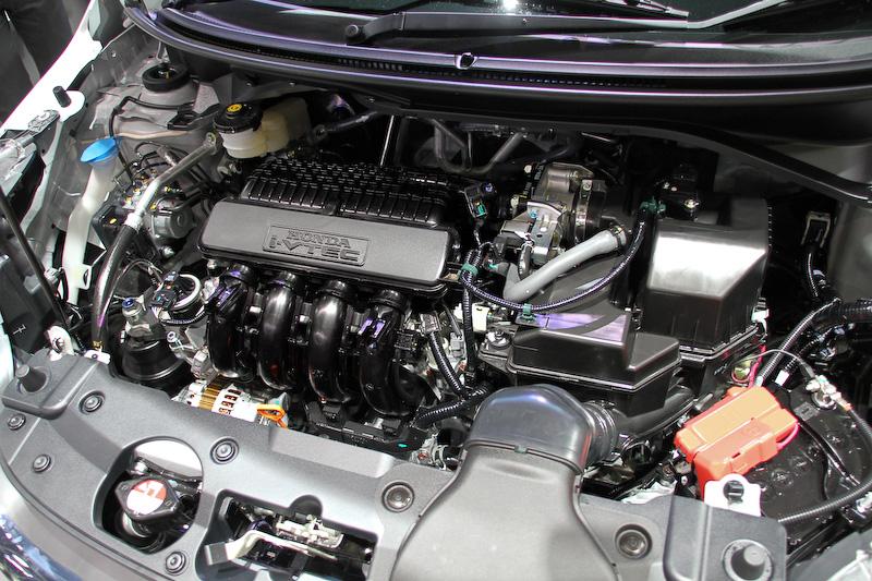 1.5リッターi-VTECエンジンを搭載するBR-V