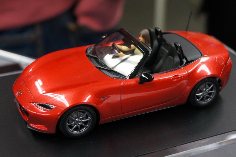 タミヤ、1/24スポーツカーシリーズの新製品「マツダ ロードスター」