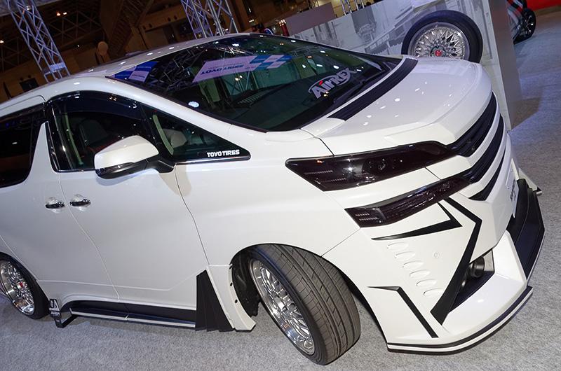 トヨタ ヴェルファイアに装着したTRANPATH LuII