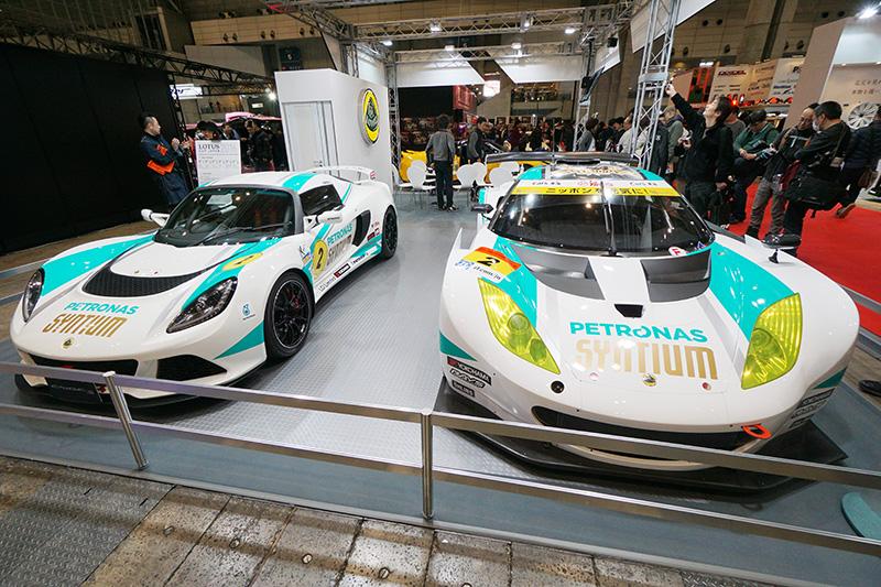 エルシーアイブースの「LCJ-EXIGE S」(左)と「SGT-EVORA」(右)