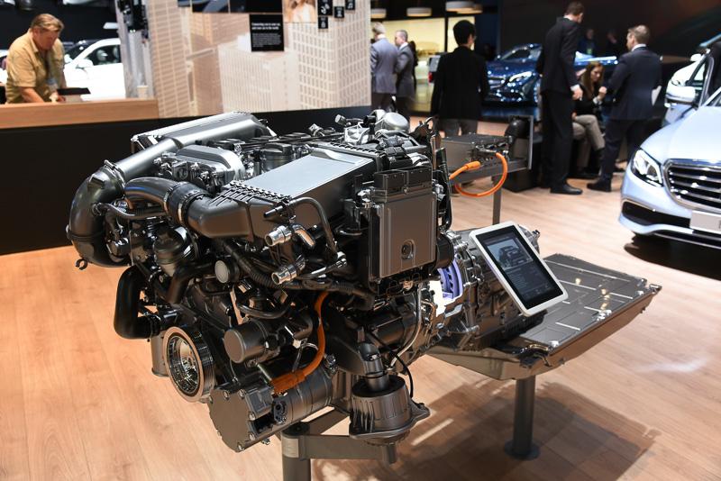「E 350 e」に搭載されるプラグインハイブリッドシステム