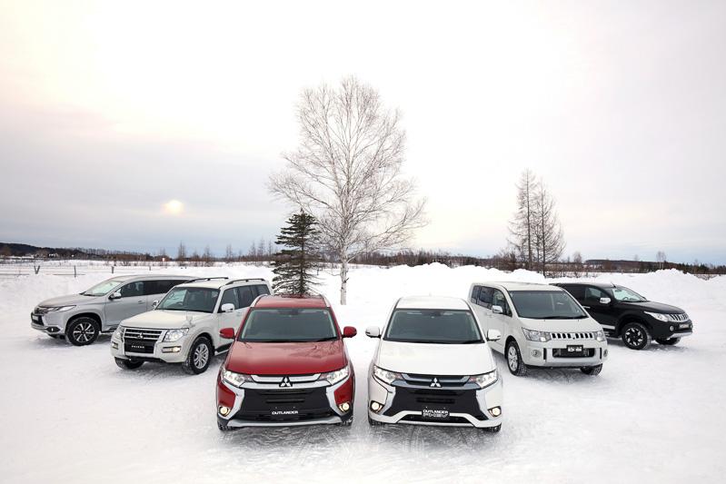 会場には6種類の市販三菱車(海外仕様を含む)と開発中の車両1台が用意された