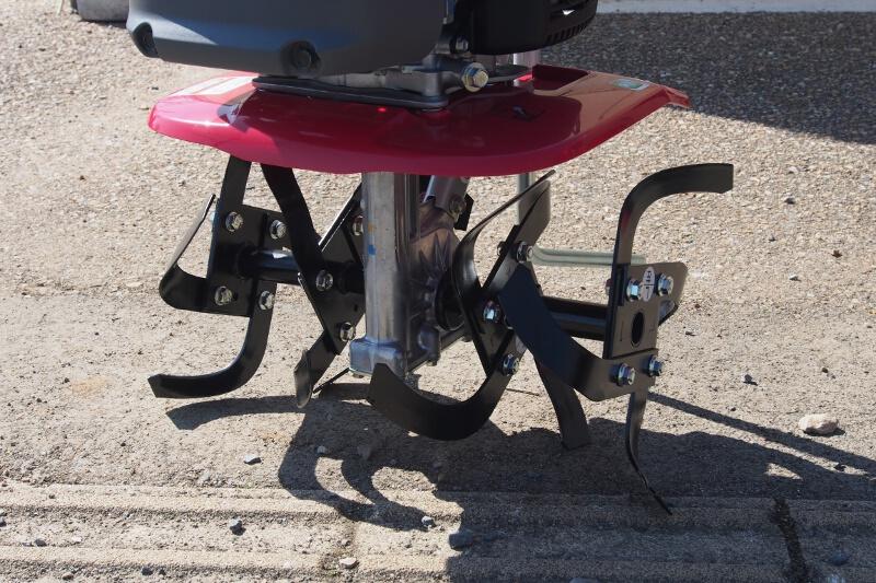 「プチな」の耕幅は45cm。ローターの爪も新設計となっている