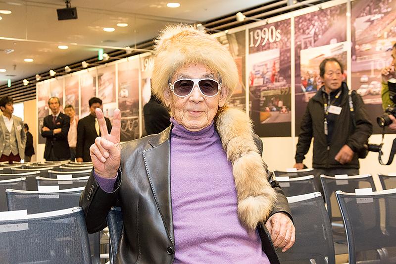 50周年記念企画発表会には多くの「ゴールドスタードライバー」が列席。富士スピードウェイで開催されるNISMOフェスティバルでもお馴染みの砂子義一氏も姿を見せた