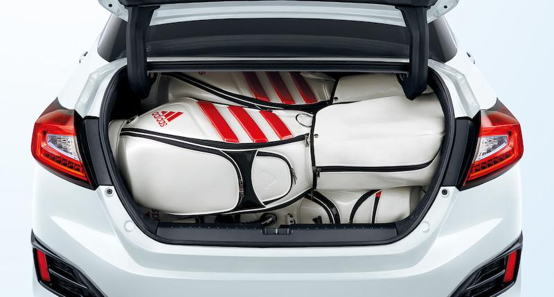 トランクルームのゴルフバッグ積載イメージ