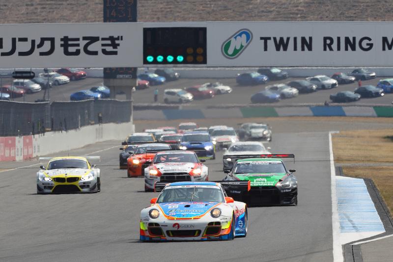 4月2日~3日に2016年のスーパー耐久シリーズが開幕(写真は2015年のスーパー耐久シリーズ開幕戦のもの)
