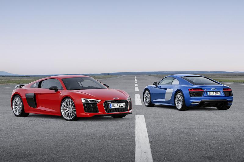 新型R8 V10 plus(左)とR8 V10(右)